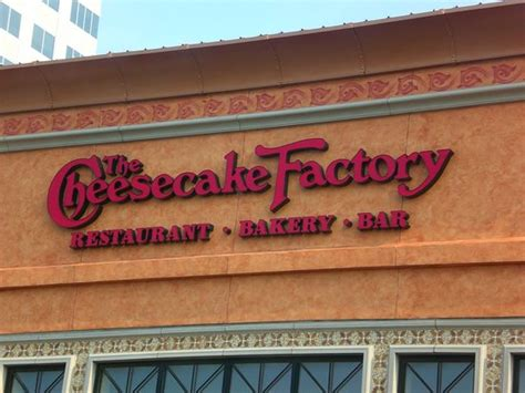 cheesecake factory phone number the cheesecake factory virginia restaurant