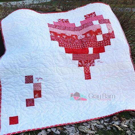 E Heart Quilt Pattern   FaveQuilts.com