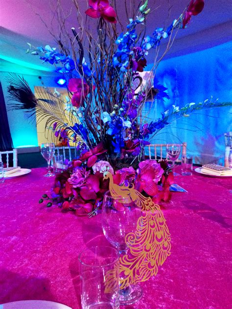 peacock themed wedding decorations  perfect theme