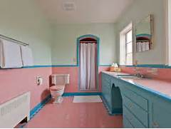 Retro Tile Bathroom by Five Vintage Pastel Bathrooms In This Lovely 1942 Capsule House Portland O