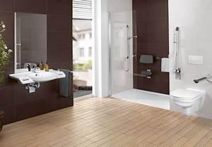 Behindertengerechtes Badezimmer Planen : barrierefreies badezimmer einrichten mit villeroy boch ~ Michelbontemps.com Haus und Dekorationen