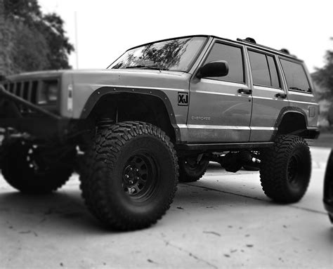 jeep cherokee xj grey fs southeast jeep cherokee xj lifted locked and loaded