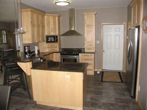 maple kitchen cabinets with quartz countertops cabinets maple natural countertops cambrian quartz