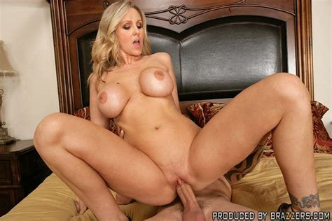 Hot milf sex. Julia Ann fucking another man - XXX Dessert - Picture 14