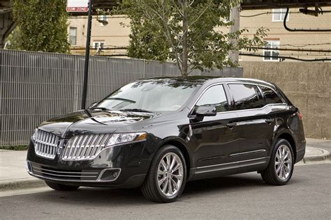 how cars work for dummies 2011 lincoln mkt auto manual 2011 lincoln mkt overview cars com