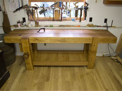 Woodworking Bench by The Notched Batten A Great Workbench Trick Popular