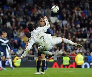 Gallery Ronaldo Bicycle Kick