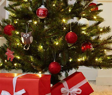 6 glitzer weihnachtsbaum kugeln rot bei tchibo