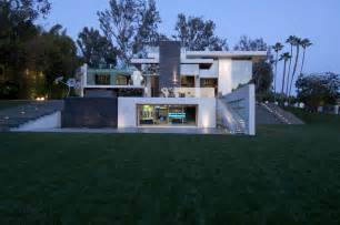design a mansion contemporary summit house in beverly by whipple architects stylish