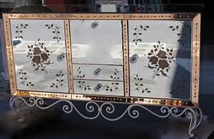 Buffet Avec Miroir : 1940 50 39 buffet miroir avec d cor de fleurs glomis es paul bert serpette ~ Teatrodelosmanantiales.com Idées de Décoration