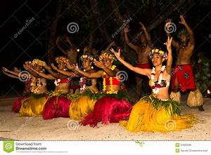Traditional Dance By Polynesian Natives Editorial Stock ...