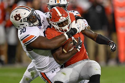 CBS announces TV coverage, kickoff times for Auburn ...