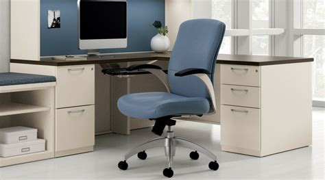 comment monter une chaise de bureau comment monter sa chaise de bureau en 9 é faciles