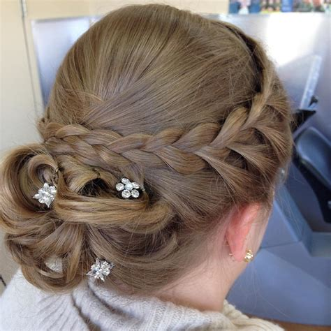 Updo Hairstyles by 15 Amazingly Easy Updo Hairstyles For Hair