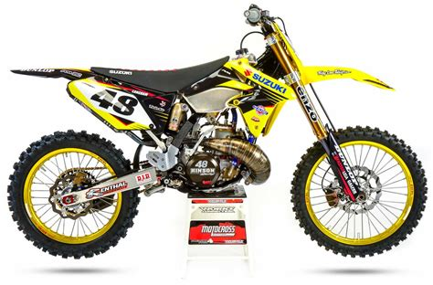 Suzuki 2 Stroke by Two Stroke Tuesday What A 2018 Suzuki Rm250 Would Look