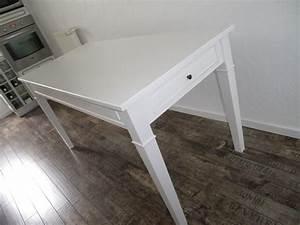 Table Salle A Manger Petite Largeur : table de cuisine salle manger peinte blanche anjoudeco ~ Teatrodelosmanantiales.com Idées de Décoration