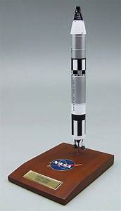 NASA - Gemini Titan - Rocket - 1/100 Scale Model