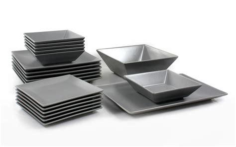 faience pour cuisine blanche service assiette gris les ustensiles de cuisine