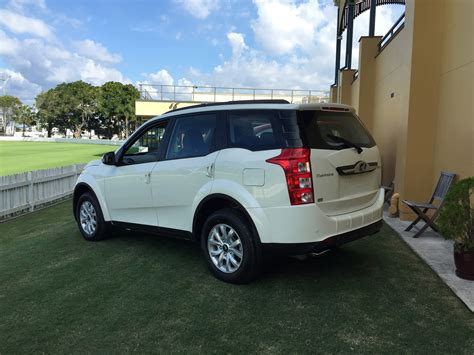 mahindra xuv  automatic pricing  specifications