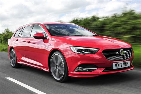 vauxhall insignia sports tourer review  parkers