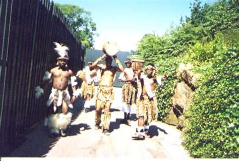 zomba zulu drummers  dancers african theatre touring