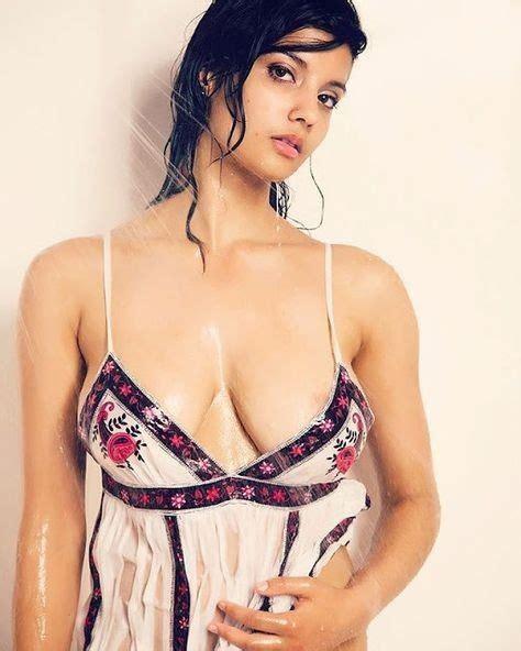 What Are Some Daring Photos Of Indian Model Shanaya