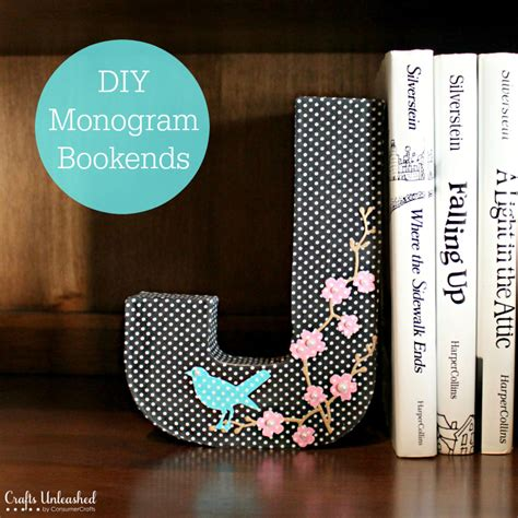 diy bookends fabric covered monogram crafts unleashed