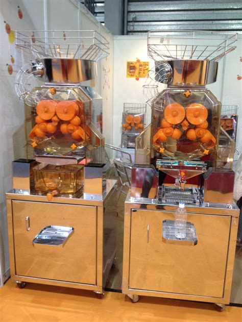 orange juicer machine juice commercial electric citrus fresh bars cafes squeezed cabinet making detailed fair
