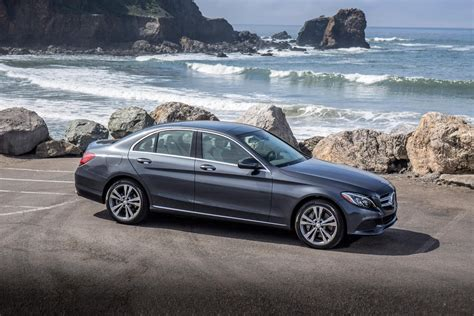 C 350e c 350e sedan package includes. 2018 Mercedes-Benz C-Class C350e Plug-in Hybrid Review, Trims, Specs and Price - CarBuzz