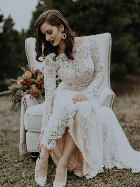 Long Sleeve Vintage Wedding Dresses Backless Rustic Lace