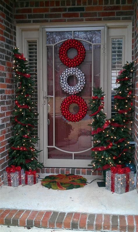 front house christmas decorations beautiful outdoor christmas porch decoration ideas godfather style