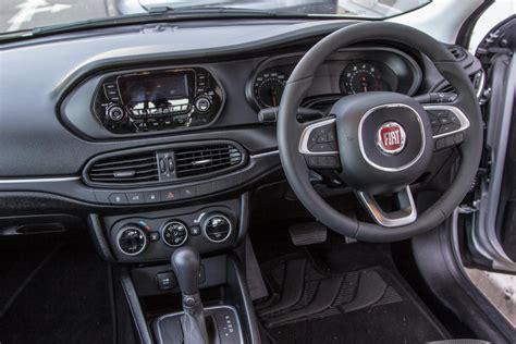 Fiat Tipo Sedan 16 Easy Auto (2017) Review  Carscoza