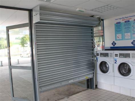 rideaux m 233 tallique commerce porte automatique precis instal