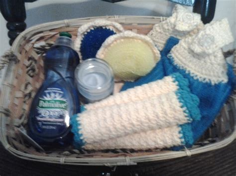 crocheted kitchen gift basket ideas yarn sewing crafty