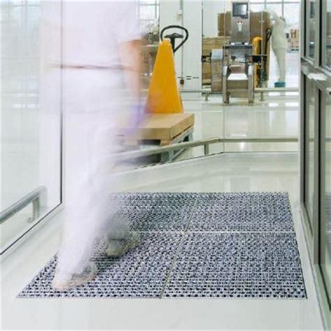 pulisci tappeti tappeto pulisci scarpe idee per la casa
