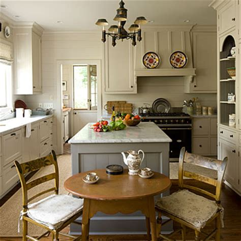 small cottage style kitchens mix and chic home tour a cape cod style cottage in atlanta 5375