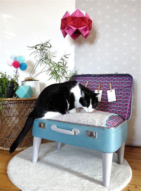 pipi de chien sur canapé en tissu les 25 meilleures idées concernant panier pour sur