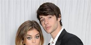 Modern Family's Sarah Hyland splits from boyfriend Matt Prokop
