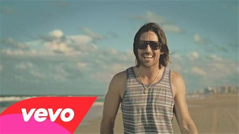 Beachin'. Our Own Jake Owen ..... He Comes