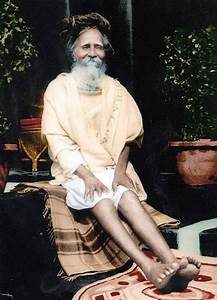 Amritananda Nat... Sitaramdas Omkarnath Quotes