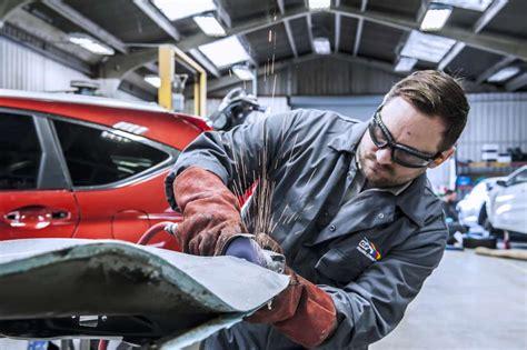 Car Body Repairs Croydon  C&p Panelcraft