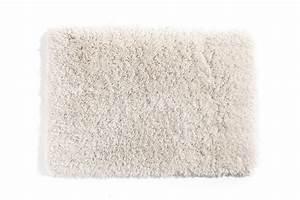 tapis shaggy descente de lit blanc casse 60x90 ugo miliboo With tapis shaggy avec canapé lit matelas