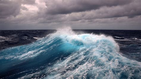 Download Wallpaper 1600x900 Wind, Storm, Sea Wave, Water
