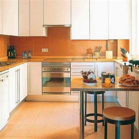 kitchen interior designs for small spaces modern kitchen designs for large and small spaces ayanahouse