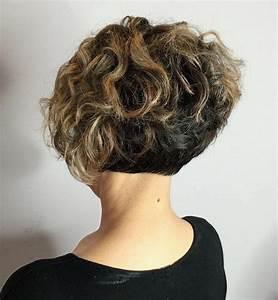 Coiffure Cheveux Courts Bouclés : coupe courte cheveux boucl s 49 ondulations de style obsigen ~ Melissatoandfro.com Idées de Décoration