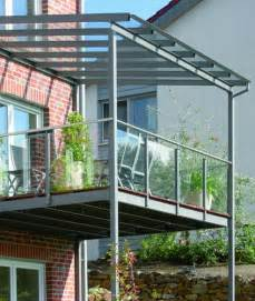anbau balkone balkon aus stahl mit glasdach und glasbrüstung metallbau glasbrüstung glasdach