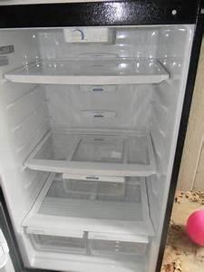 2007 Whirlpool 17 6 Cu Ft Top Freezer Refrigerator Color