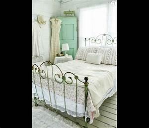 Chambre Shabby Chic : d coration shabby une chambre coucher campagnarde terrafemina ~ Preciouscoupons.com Idées de Décoration
