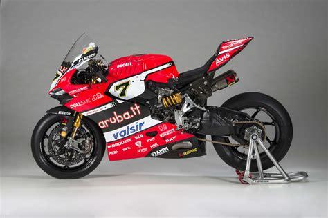 Ducati's 2017 World Superbike Team Debuts