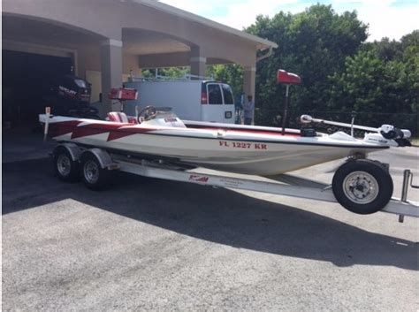 Bass Boats For Sale Craigslist by Bass Tender Boats For Sale